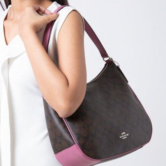 Coach Handbags - Coach classy monogram logo shoulder bag